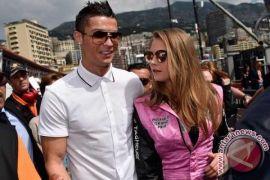 Selamat! Cristiano Ronaldo Umumkan Kelahiran Anak Keempatnya
