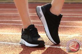 Ternyata ini bahaya pakai sepatu tanpa kaus kaki