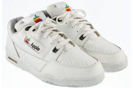 Wow! Sepatu Klasik Apple Dilelang Mulai Rp195 juta