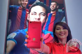 Wow! OPPO Luncurkan F3 FC Barcelona Edisi Terbatas, Ini Penampakannya
