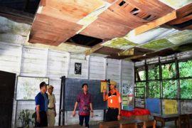 Waduh! Anggota DPR Ini Temukan Banyak Sekolah Perlu Perbaikan
