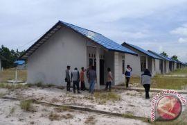 Legislator Minta Pemkab Kotim Perbaiki Rumah Relokasi Nelayan