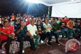 Gubernur Kalteng Acung Jempol Kalteng Putra Menang atas Persis Solo