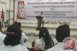 441 Anggota PPK dan PPS Dilantik, Diminta Bijak Gunakan Medsos