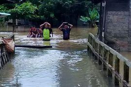 Banjir Akibat Luapan Sungai Teweh