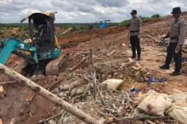 Polisi Tutup Lokasi Penambang Emas Liar di Kotim