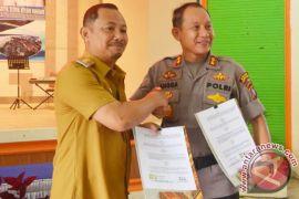 Polres-Pemkab Barsel Tandatangani Kesepahaman Pengawasan DD