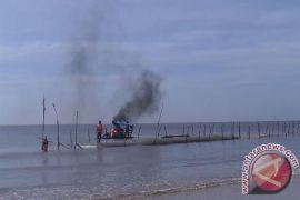 Pembuatan Sabuk Pantai Atasi Abrasi Ujung Pandaran