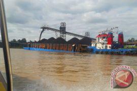 Kapal Sudah Bisa Layari Pedalaman Sungai Barito