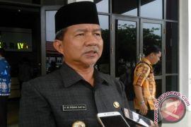 Walikota Riban Satia Ingatkan Warga Waspadai Penyakit di Musim Hujan