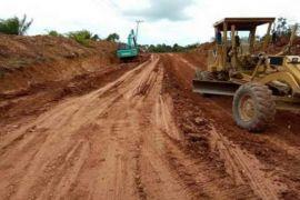 Perusahaan Sawit Dikerahkan Bantu Perbaiki Jalan ke Pelosok