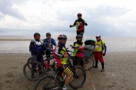 Pantai Satiruk Tantangan Baru Olahraga Sepeda Kotim