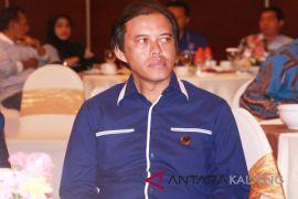 Selidiki mahalnya harga tiket pesawat ke Kalteng, kata Hamdhani