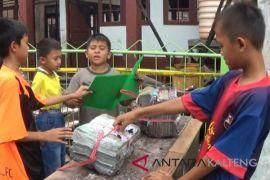 Pelajar Korban Kebakaran Sampit ditampung sekolah lain