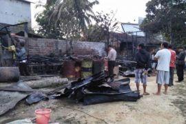 Dua Rumah di Teweh Baru Ludes Terbakar
