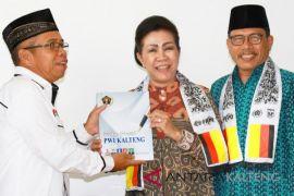 PWI Kalteng ingatkan wartawan perlakukan sama paslon pilkada