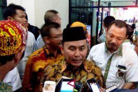 Bandel, Gubernur Sugianto Sabran laporkan PT AKT ke KPK