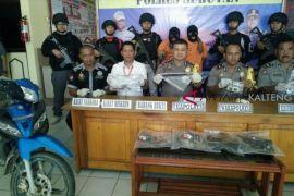 Polres Seruyan tangkap dua pelaku pembunuhan berencana