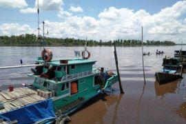 Seorang penjaga kapal di Sampit hilang misterius