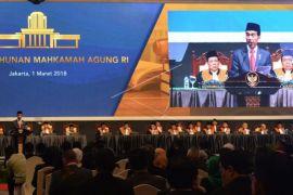 Jokowi Hadiri Rapat Pleno Laporan Tahunan MA