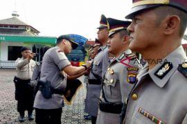 4 perwira Polres Barito Utara dimutasi