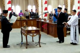 Denny Hermanto dilantik jadi PAW DPRD Barut
