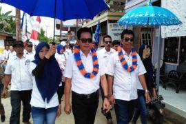 Cabup Barito Utara kampanye pembangunan jalan pedalaman