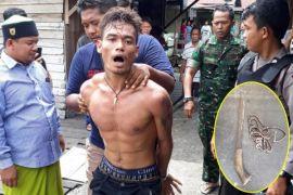 Diduga ngamuk dan stres di kawasan Flamboyan, pria ini diamankan polisi