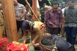 Bupati Kobar jadikan Pasir Panjang sebagai wisata budaya
