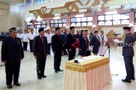 5 pejabat eselon II Pemkab Barsel dilantik