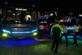 Tim gabungan mendadak memeriksa bus masuk Sampit