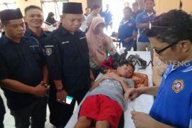 Karang Taruna Kotim bantu 43 anak dikhitan gratis