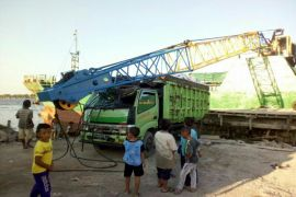 Pemkab Kotim dukung polisi selidiki tewasnya pekerja akibat tertimpa crane
