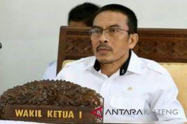 Legislator Seruyan ajak masyarakat awasi proyek pemerintah