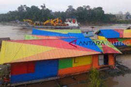 Tongkang sudah bisa layari pedalaman Sungai Barito
