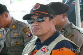 Besok, tanggul darurat Pantai Ujung Pandaran selesai