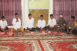 Bupati Sukamara pererat silaturahmi dengan berbuka puasa bersama