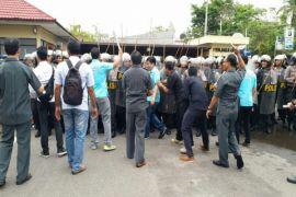 Polres Kotim bantu pengamanan pilkada tiga daerah