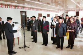 Wali Kota mutasi 12 pejabat tinggi Palangka Raya