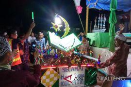 Semaraknya pawai takbiran di Barito Selatan