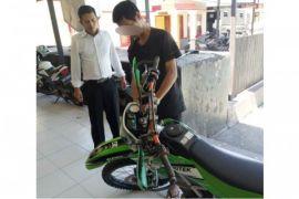 Pencuri motor KLX ditangkap Polisi Barut