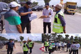 Kadis PUPR pantau langsung perkembangan pengerjaan sejumlah infrastruktur