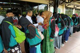 Mahasiswa diminta bantu cari solusi permasalahan masyarakat desa