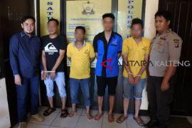 Empat maling baterai alat berat ditangkap Polisi Bartim