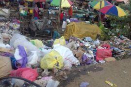 DPRD Bartim minta DLH tuntaskan masalah sampah Pasar Beringin