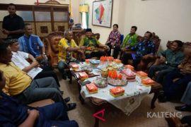 SK penetapan bupati/wabup Lamandau terpilih telah diserahkan kepada DPRD