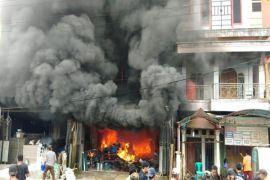 Satu pingsan, satu ASN luka bakar saat kebakaran di Bartim