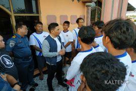 Nelayan Kotim diminta tidak memaksakan diri