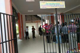 RSUD Murjani Sampit pertimbangkan minta bantuan polisi tertibkan pengunjung