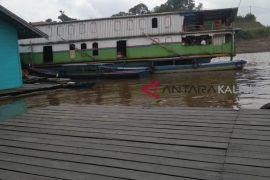 Pedalaman sungai Barito surut ganggu transportasi air